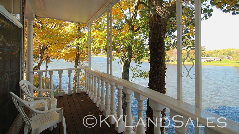 Lake house for sale, lake front property KY, Homes and Land for sale, Kentucky, Realtor, real estate agent, Campbellsville KY
