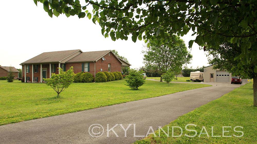 Danville, Kentucky, homes for sale, house, Horse Farm Land, Stanford, Lincoln County, Hustonville, Kentucky, homes and land for sale, house 4 sale, housing, Realtor, real estate agent, mls, land, for sale, property