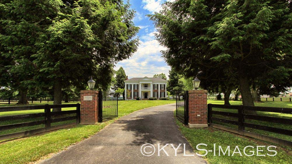 Historic Antebellum Homes Old Houses for sale in Kentucky on historic plantation houses, historic plantation homes in louisiana, historic plantation homes in texas, historic homes in alabama book, historic plantation homes in the south, old planation homes sale,